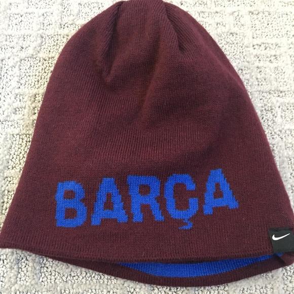 Nike FC Barcelona Beanie. M 5a690db8b7f72b60c46bd02f 6bf7506e559